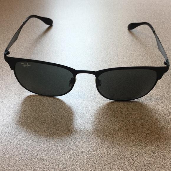 7a63fb638cb Ray-Ban rb3538 Clubmaster Sunglasses. M 5b3535e53c98446a21b575e3